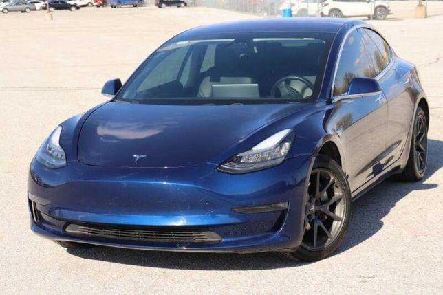 Tesla Model 3 2020 Long Range