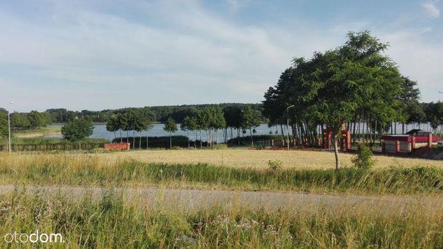 Działka nad jeziorem w Bieślinie