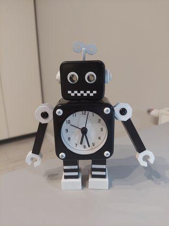 Zegar robot na baterie