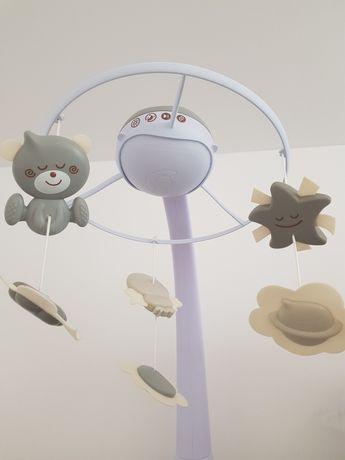 Karuzela do łózeczka Infantino z projektorem