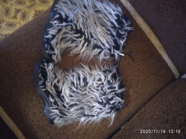 Уги собачки от бренда Bogner