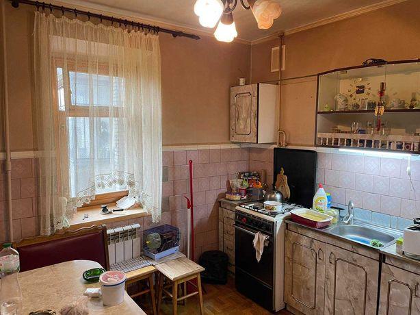 Продаж 3-кімнатної квартири по вул.Студинського