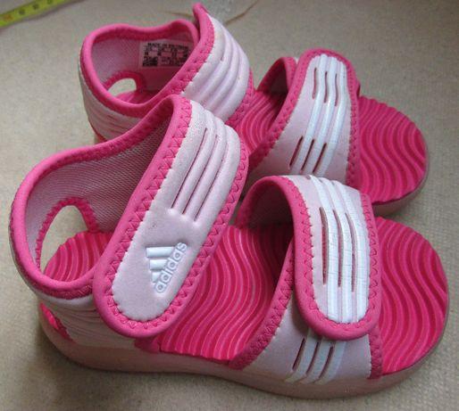 Продам сандалики Adidas 23 размера, стелька 14.8см Оригинал