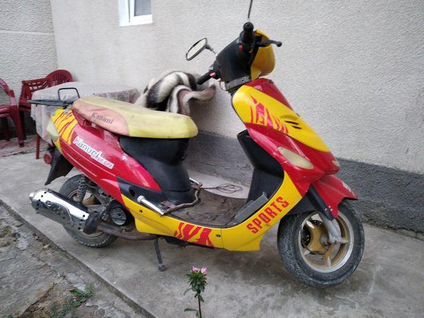 Скутер кануні 50