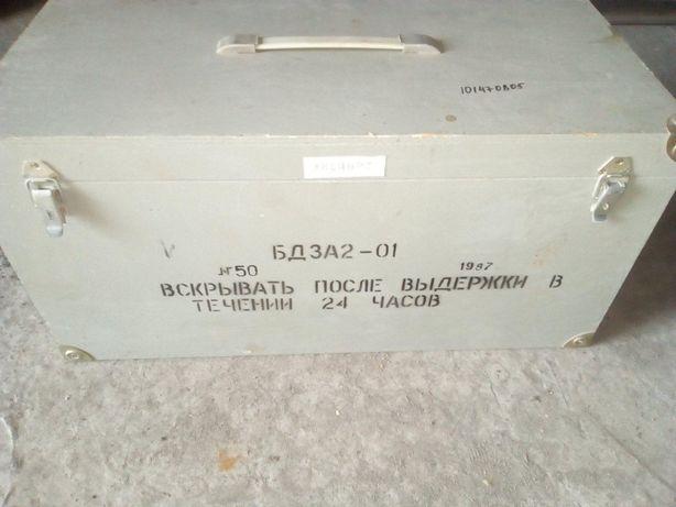 Ящик фанерный - из под прибора.