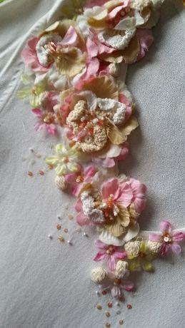 Blusa Flores em Relevo - Lindíssima! - NOVA