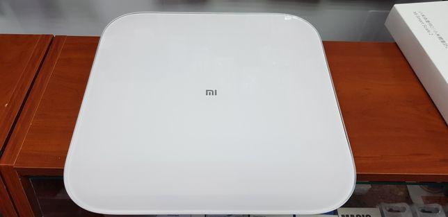 Умные весы Xiaomi Mi Smart Scale 2 (1600 руб.)