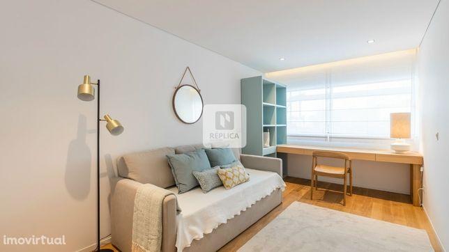 Apartamento T1 Novo, com lugar de garagem, Alameda das Antas