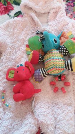 Пакет децких вещей 3-6мес +игрушки