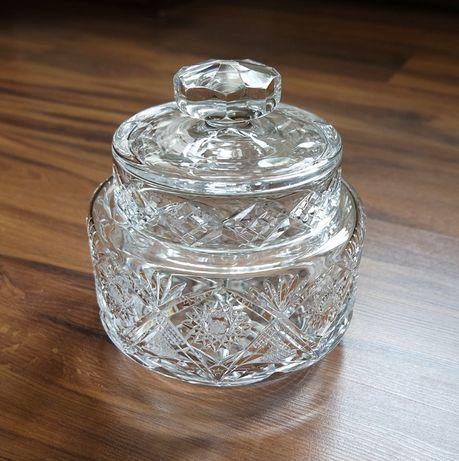 Piękna kryształowa bomboniera zdobiona prl duża
