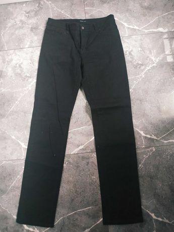 Spodnie czarne jeansy