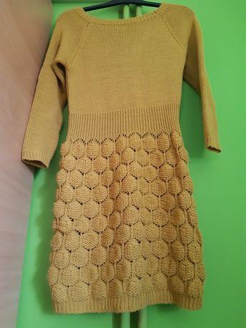 Sukienka dzianina 38r.miodowa