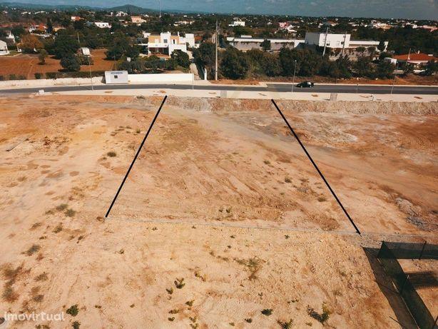 Terreno urbano para construção em Marim perto da praia e ...
