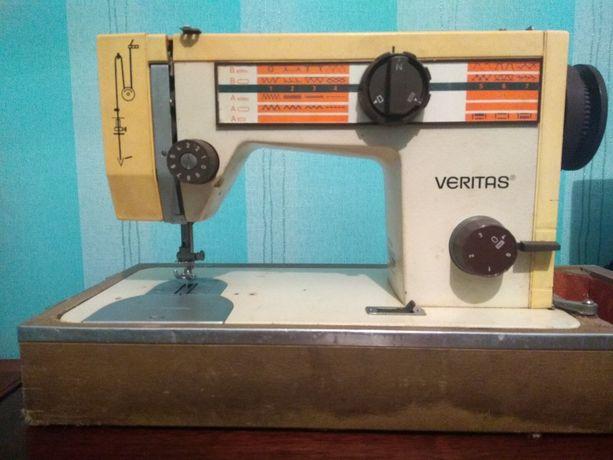 Швейная машинка немецкая Veritas