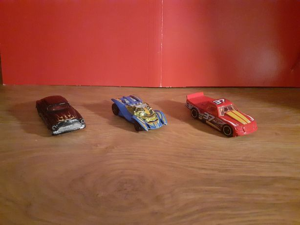 Samochodziki figurki