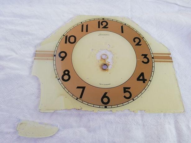 Stary cyferblat do zegara z szkła