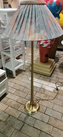 Lampa stojąca stylowa