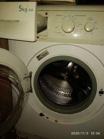 Обменяю стиральную машинку и цифровой фотоаппарат