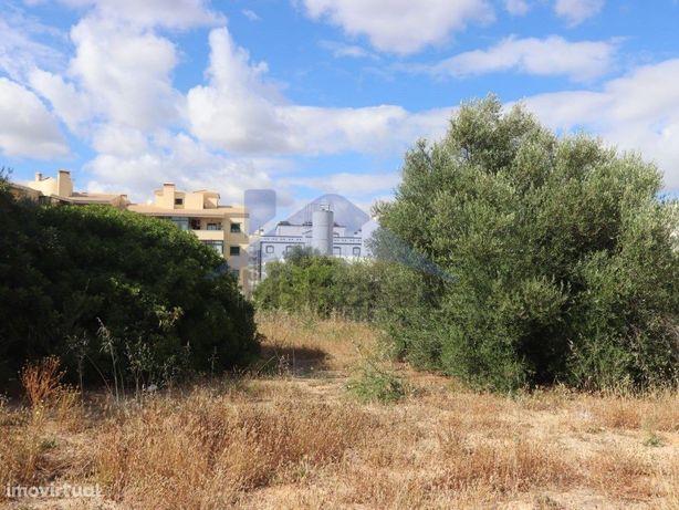 Terreno Urbano no Centro de Almancil