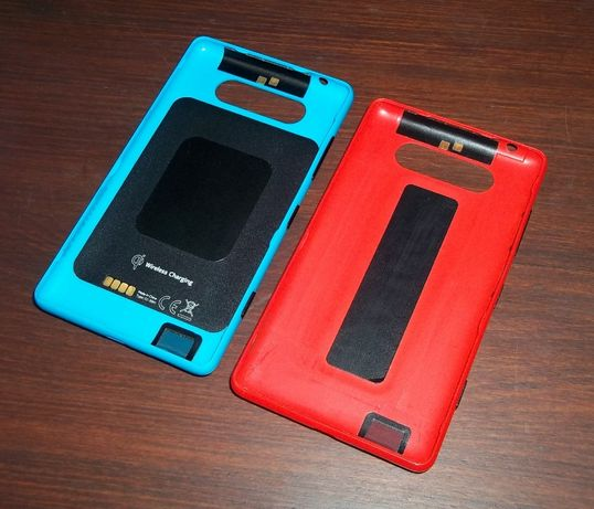 Задние крышка CC-3041 для беспроводной зарядки Nokia Lumia 820