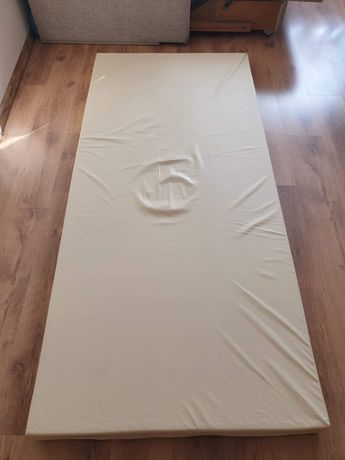 Materac na łóżko rehabilitacyjne.