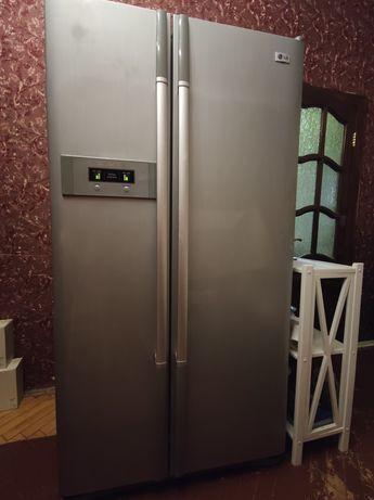 Холодильник LG,  No Frost, срочно