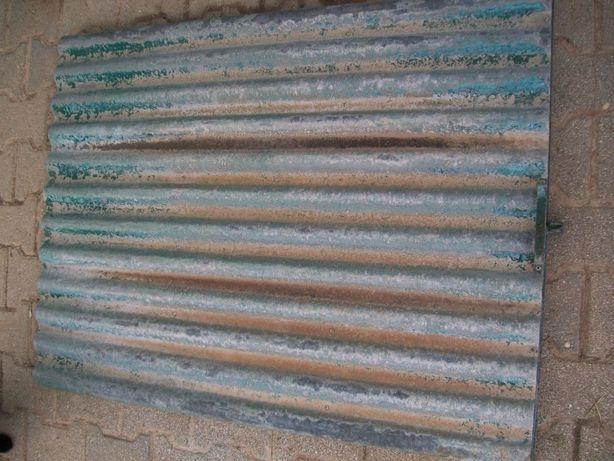 Porta metalica