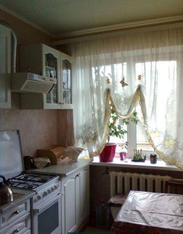 ВЫСОТКА .пр Калинина, средний этаж , 2-х комнатная квартира Кирпич.дом