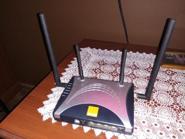 Router MV400
