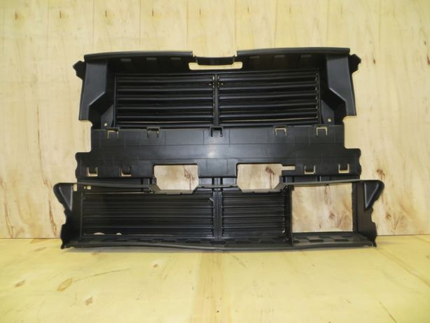 Воздуховод ( жалюзи ) под круиз Ford Fusion 13-16 DS7Z-8475-B