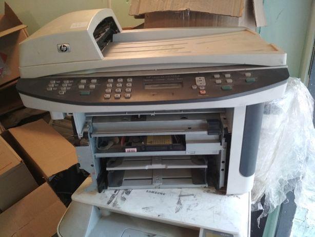 Лазерное МФУ HP LaserJet M1522nf (принтер/сканер/копир)