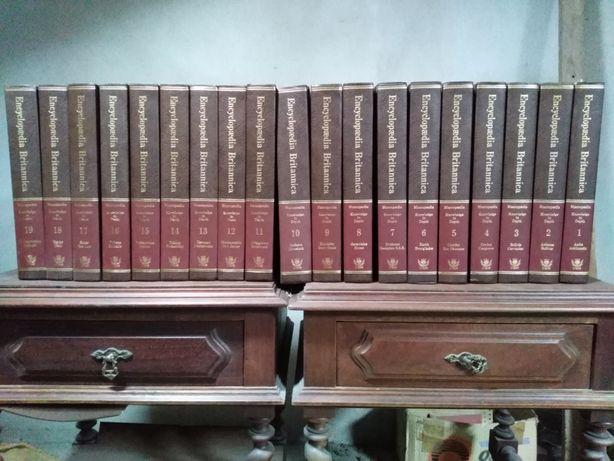 Enciclopédia Britânica em inglês