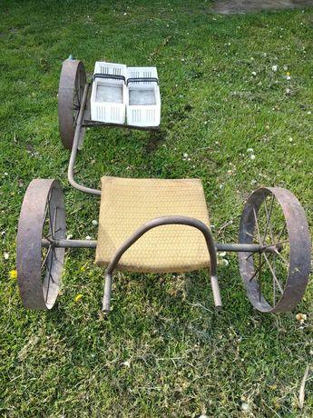 Wózek do rwania truskawek
