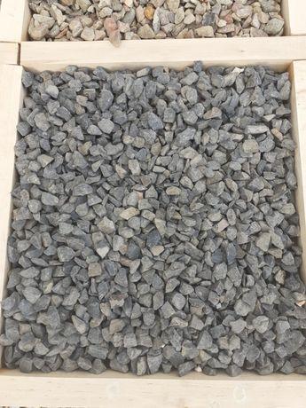 Kamienie grysy dekoracyjne ozdobne ogrodowe grys bazaltowy 16-22