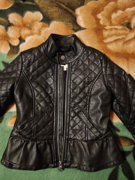 Модная, красивенная куртка Charles Vogele. Весна-осень. Рост 110.