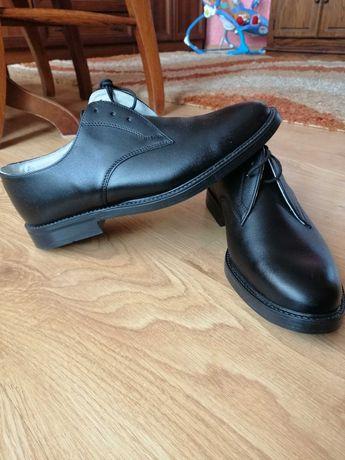 Pantofle męskie, nowe, czarne, wkł. 27