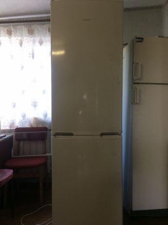 Холодильник - морозильник Атлант ХМ-4214-000