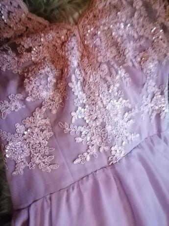 Piękna i Oryginalna Suknia z oryginalną GIPIURA Roz 38