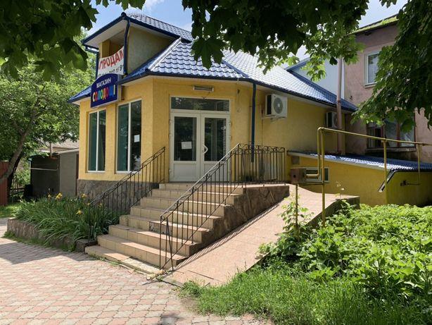 Продам комерційне приміщення Сокиряни разом з земельною ділянкою