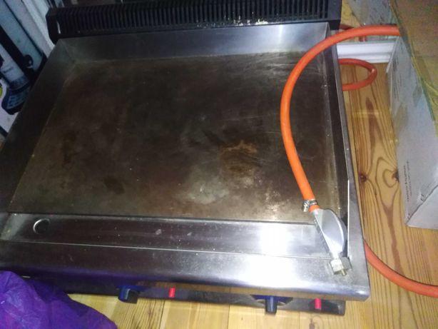 Płyta grill gazowy na gaz Firmy Royal Catering z gotowym przyłączem