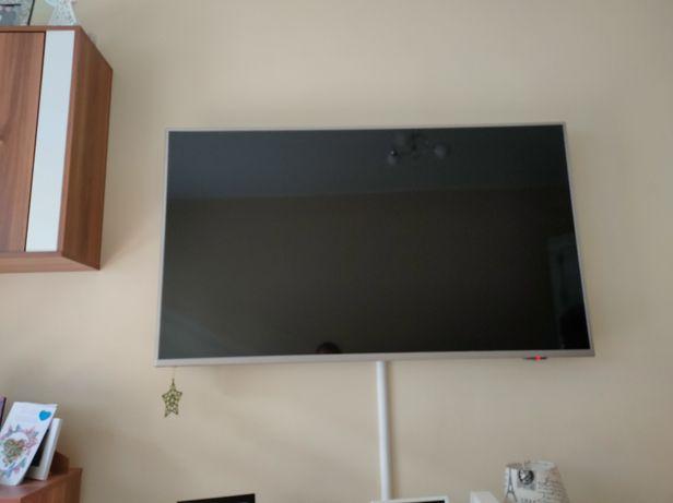 Telewizor Philips 55 cali Ambilight, 4K,HDR, uszk. Listwy Led matrycy