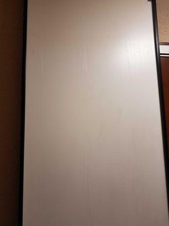 Drzwi przesuwane do szafy firmy Komandor