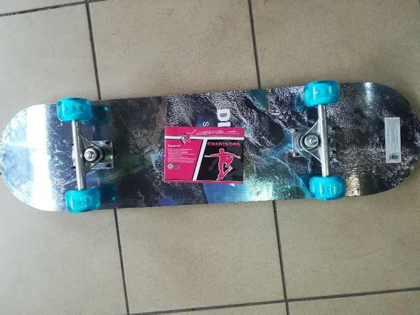Скейт 78-20 см ,бесшумные светящиеся колеса.Выдерживает 75 кг