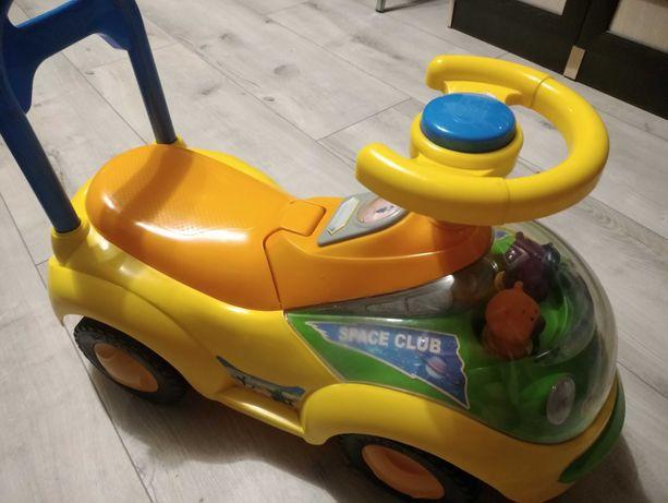 Детская каталка, толокар, машинка с клаксоном