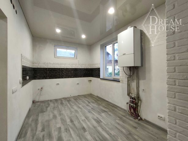 Продам 3-кімнатну квартиру з Індивідуальним опаленням