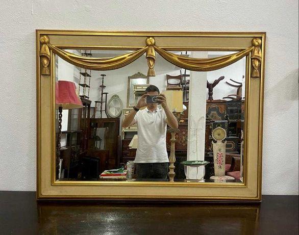 Espelho Dourado  .