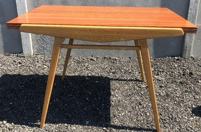Komplet stół i 4 krzesła.Czechosłowacja lata 60