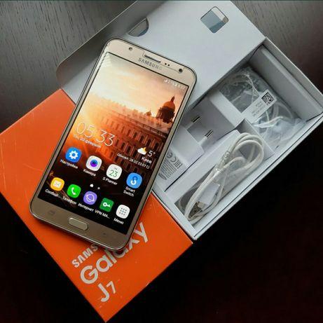 Samsung J7 (J700H)