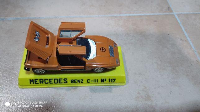 Miniatura Mercedes Benz C 111