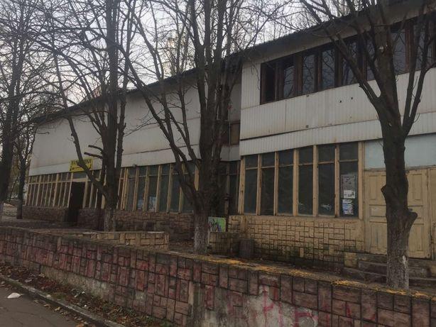 Продажа помещения 319 кв. м Космонавтов, 35 (вдоль проезжей части)